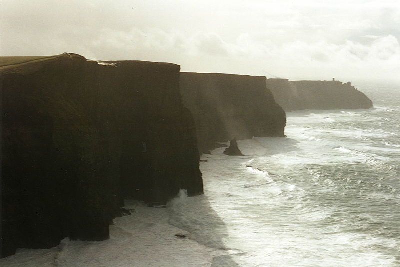 File:Cliff of Moher.jpg