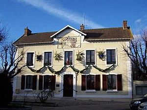 Coignières - Town hall