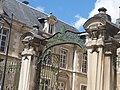 College Monge - Rue du Collège-Rue Paul Chanson, Beaune - gates (35637961006).jpg