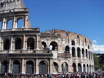 Colosseum (Rome) 16.jpg
