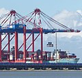 Containerbrücke im JadeWeserPort.jpg