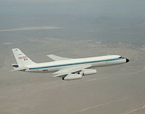 Convair 990 In flight EC93-41018-12.jpg
