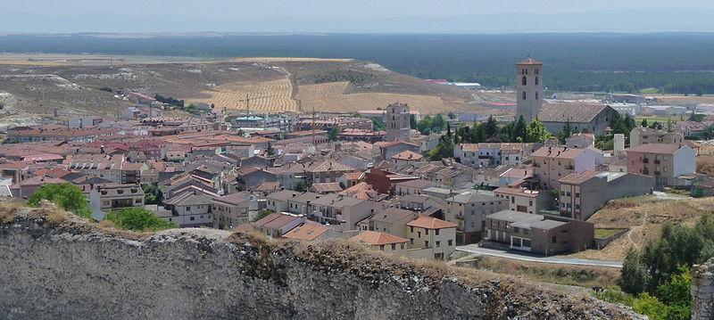 File:Cuellar vista desde su castillo.jpg