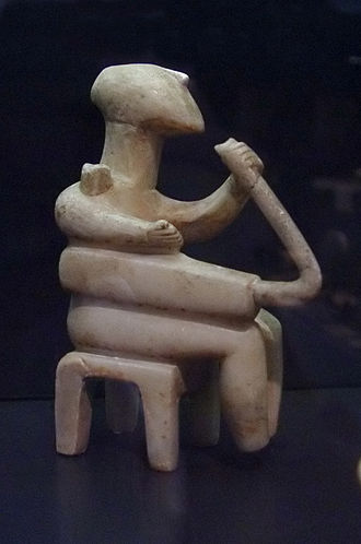 Cycladic art - Marble harp Player (EC II; Badisches Landesmuseum, Karlsruhe)