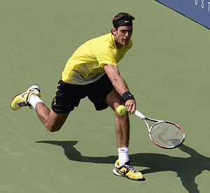 Lob (tennis) - Defensive lob