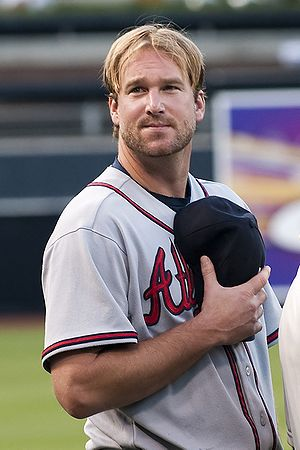 Derek Lowe - Lowe with the Atlanta Braves in 2009