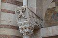 Dettaglio colonna Duomo di Verona.jpg