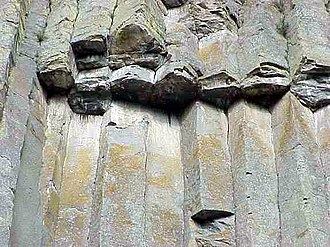 Devils Tower - Close-up of the columns