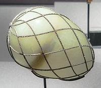 Diamond Trellis Egg.jpg