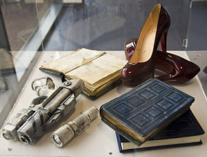 River Song (Doctor Who) - Several artefacts of River Song's, on display at the Doctor Who Experience.