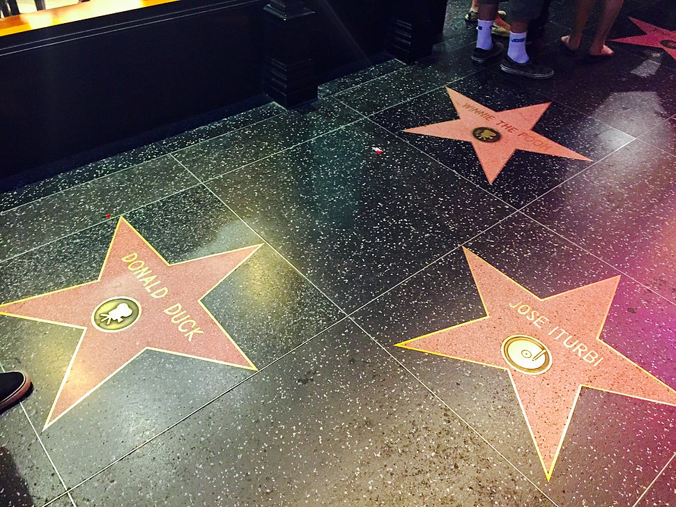Donald-Duck-Star-On-Hollywood-Walk-of-Fame-Los-Angeles