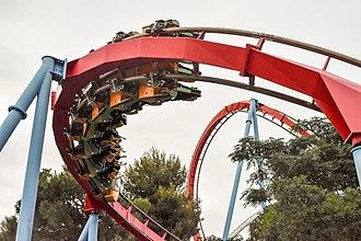 Roller coaster elements - Dragon Khan's Banked Turn