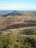 File:East Lomond Hill.JPG