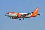 EasyJet Airbus A319-111 - G-EZGI (21209660182).jpg