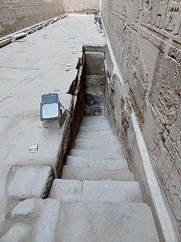 Edfu Tempel Nilometer 01