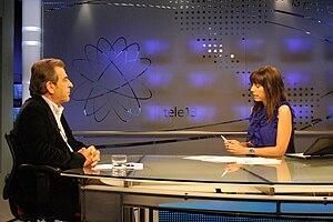 Teletrece - Macarena Puigrredón meets with presidential candidate Eduardo Frei in 2009.