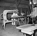Een naaiatelier voor bedrijfskleding op Bonaire, Bestanddeelnr 252-8409.jpg