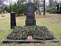 Ehrengrab Columbiadamm 122 (Neukö) Balduin Möllhausen.jpg