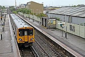 Ellesmere Port railway station - Image: Ellesmere Port Railway Station (geograph 2987143)