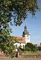 Enk-Alsenborn Rosenhofstr 95 prot Kirche Baum.jpg