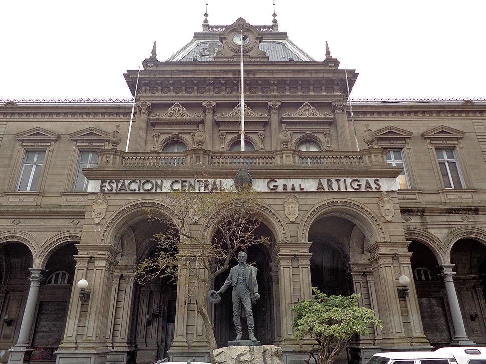 Estación Central General Artigas