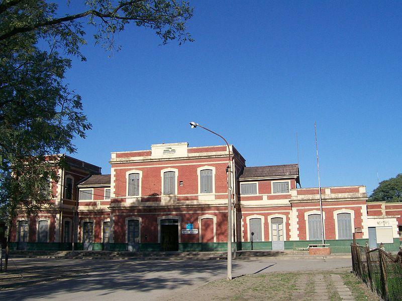 Archivo:Estación FFCC Belgrano Resistencia.jpg