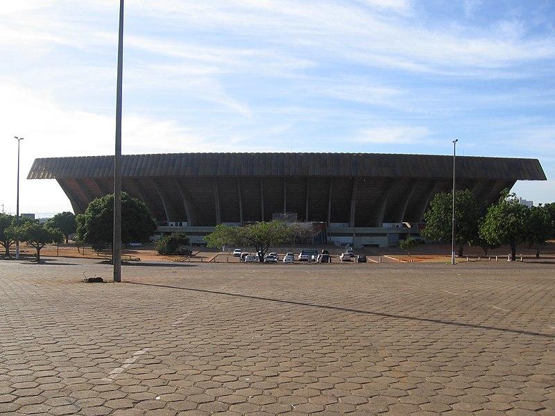 Ficheiro:Estadio Mane Garrincha 02.jpg