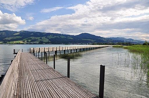 Etzel - Holzbrücke - Obersee - Rapperswil Heilighüsli (Prähistorische Pfahlbauten; UNESCO-Welterbe in der Schweiz)