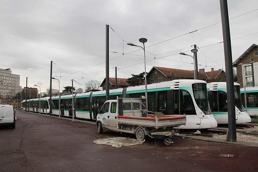 New depot in Colombes built for the Tramway T2 extension from La Défense to Pont de Bezons.