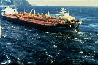 Exxon Valdez oil spill - Three days after Exxon Valdez ran aground