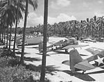F6Fs of VF-40 on the ground on Espiritu Santo.jpg