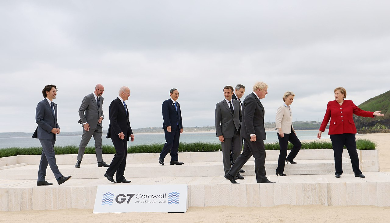 Family photo of the G7 leaders at Carbis Bay (4).jpg