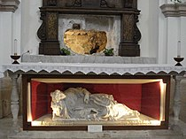 First tomb of St Lucy.jpg