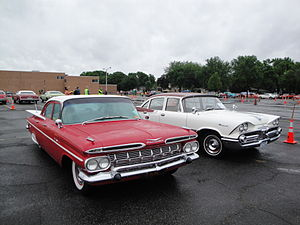 Full-size car - 1959 Chevrolet Bel Air and 1959 Dodge Coronet