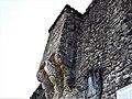Fortezza delle Verrucole mura con bastioni particolare all'ingresso.jpg