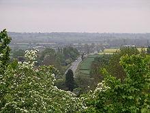 L'antica via latina, prima forma di limes romano in Britannia, nei pressi di Brinklow Castle, nel Warwickshire.