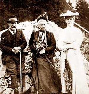 Altaussee - Sigmund Freud with his mother Amalia and his wife at Altaussee 1905