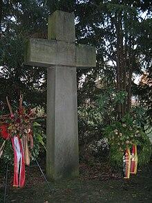 Friedhof Stadt Köln Kaserne Wahn10.jpg