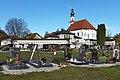 Friedhof und Kirche, St. Pantaleon (3).jpg