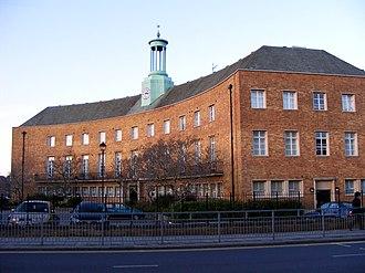 Friern Barnet - Image: Friern Barnet town hall 2