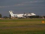 G-ECOM Flybe De Havilland Canada DHC-8-402Q Dash 8 landing at Schiphol (EHAM-AMS) runway 18R pic5.JPG