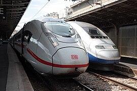 Gare SNCF de l%27Est %E2%80%93 rames Velaro D et RGV 2N