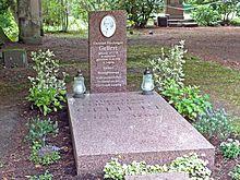 Die neue Grabgestaltung 2015 (Quelle: Wikimedia)