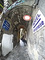 Genova - vicoli lungo via A. Gramsci - panoramio (2).jpg