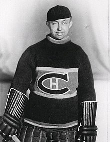 Photo de Georges Hainsworth dans la tenue des Canadiens de Montréal.