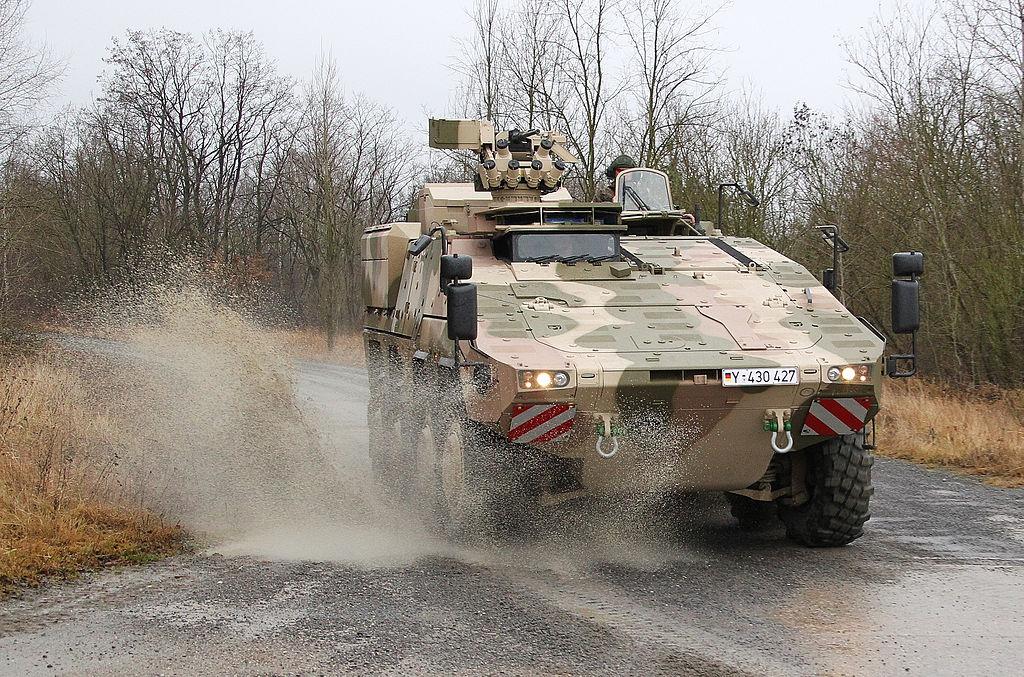 """За полгода украинской армии было передано более тысячи единиц вооружения и военной техники, - """"Укроборонпром"""" - Цензор.НЕТ 6140"""