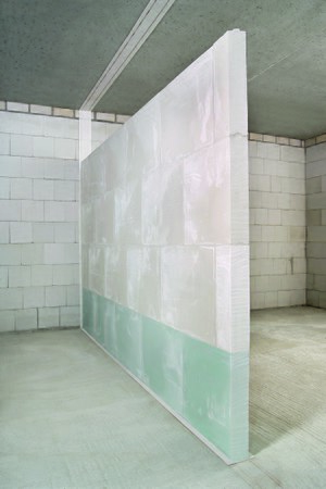 Gypsum block - Construction of a non-load bearing partition wall of gypsum blocks