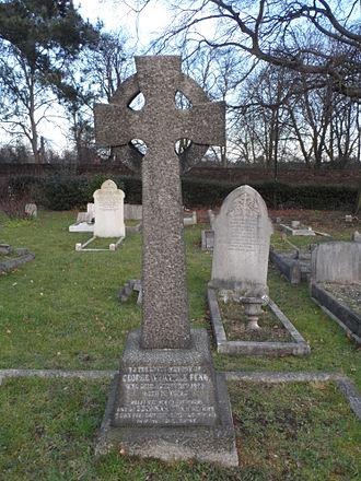 George Manville Fenn - Grave of George Manville Fenn in Isleworth Cemetery