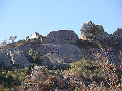 Great Zimbabwe Ruins2.jpg