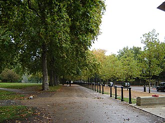 Green Park - Image: Green Park, London, England and Constitution Hill